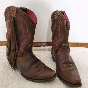 Girls Ariat boots size 13.5